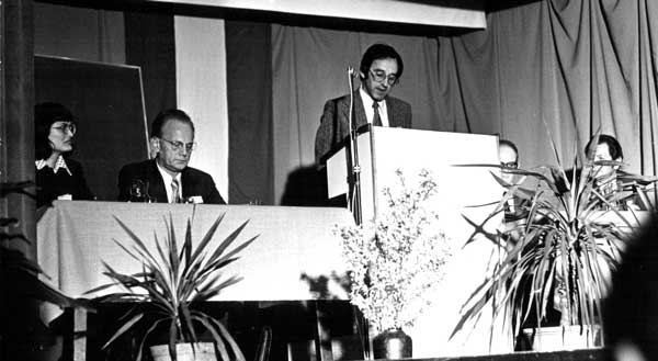 1st International Wittgenstein Symposium 1976 <br/> Elisabeth Leinfellner, Werner Leinfellner, Rudolf Haller (at podium), Paul Weingartner, Adolf Hübner